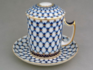 cobalt net covered cup