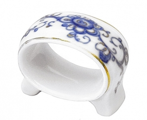 Lomonosov Imperial Porcelain Napkin Ring Youth Singing Garden