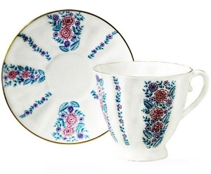 Lomonosov Imperial Porcelain Bone China Tea Cup and Saucer Daisies 6.8 oz/200ml