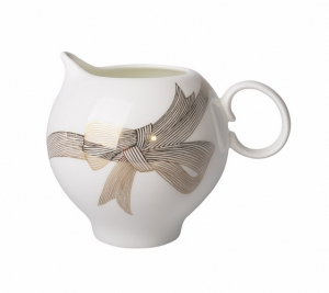Lomonosov Imperial Porcelain Bone China Creamer Apple Golden Bows 7.3 fl.oz/215 ml