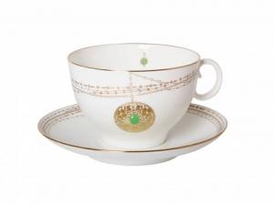 Lomonosov Porcelain Tea Cup and Saucer Apple Golden Medallion 5.4 fl. oz/160 ml